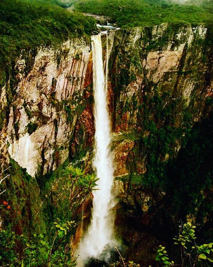 25 impressionantes cachoeiras do Brasil 25