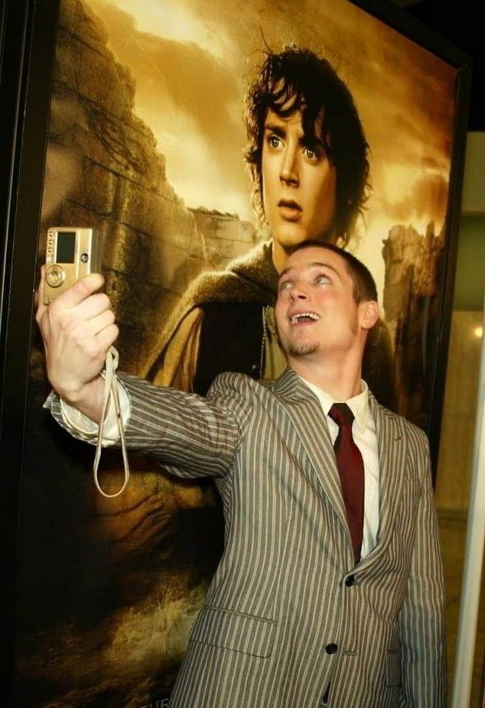 16 provas de que Elijah Wood, é o mito das fotos com os fãs 6