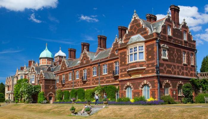8 residências da realeza britânica que são impressionantes 9