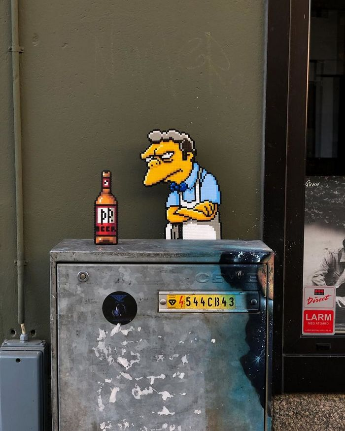 Artista sueco espalha sua impressionante arte Pixel pela cidade 18