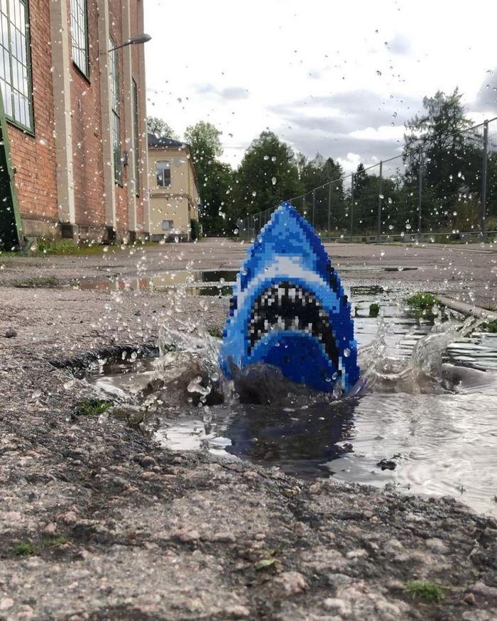 Artista sueco espalha sua impressionante arte Pixel pela cidade 25