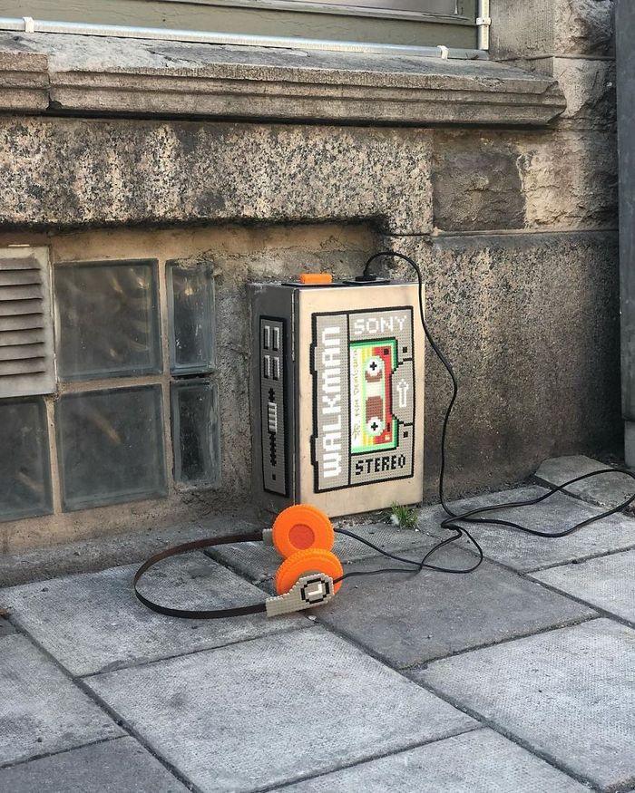 Artista sueco espalha sua impressionante arte Pixel pela cidade 29