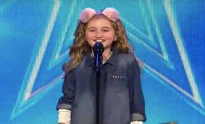 Cora Harkin de 9 anos e sua incrível apresentação 7