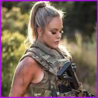 10 mulheres militares que podiam se tornar capas de revista