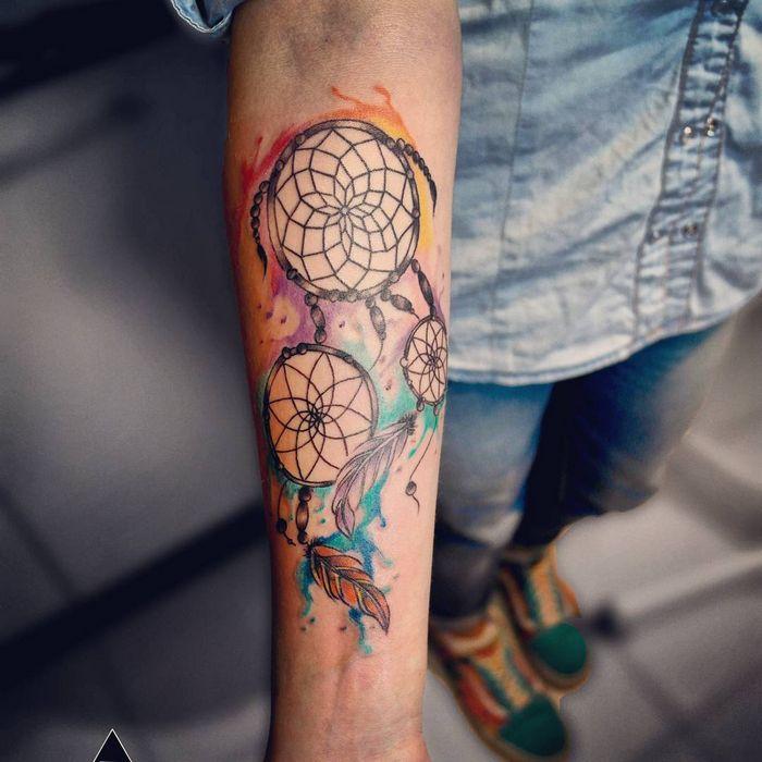 32 ideias de tatuagens estilo aquarela 3