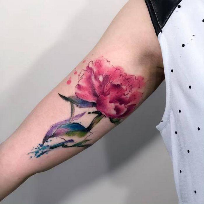 32 ideias de tatuagens estilo aquarela 15