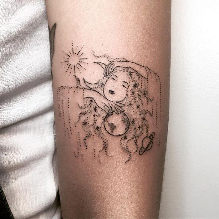 32 ideias de tatuagens inspiradas no espaço 6