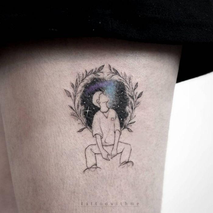 32 ideias de tatuagens inspiradas no espaço 31