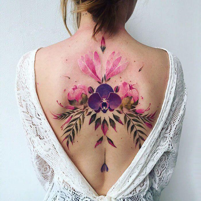 30 tatuagens impressionantes nas costas que são obras-primas 20