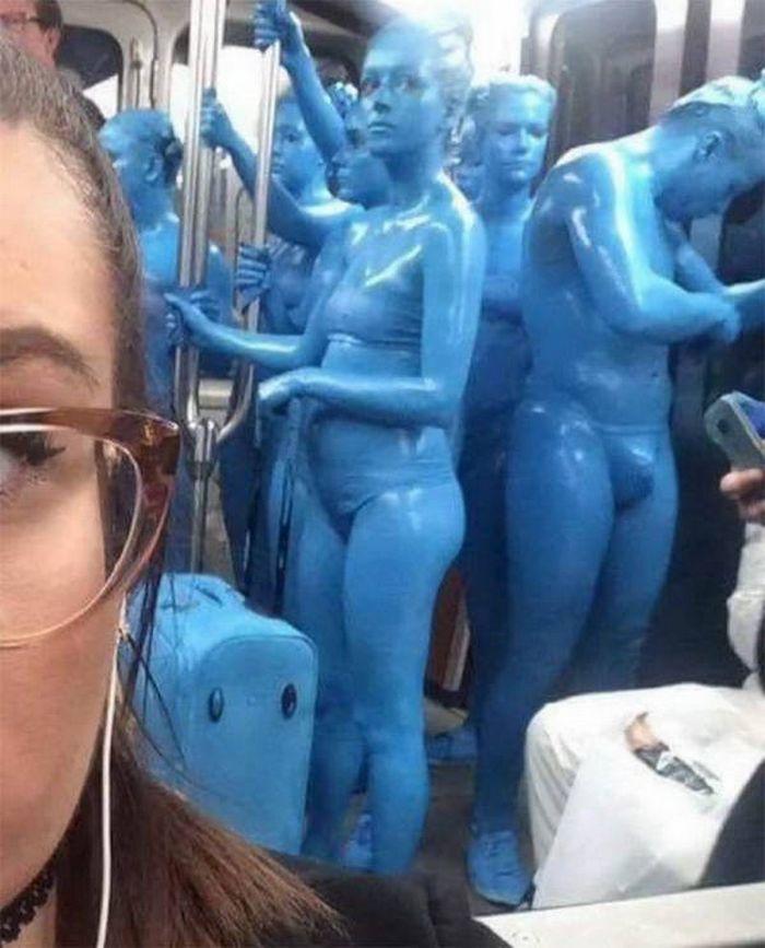 Metrô um lugar cheio de gente estranhas (31 fotos) 23
