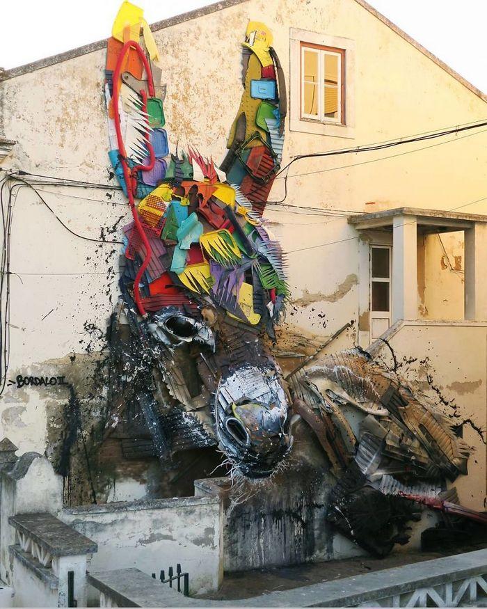 Artista transforma lixo em animais para nos lembrar sobre poluição 3