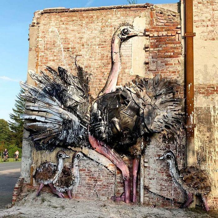 Artista transforma lixo em animais para nos lembrar sobre poluição 20