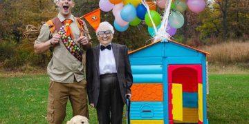 Avó de 93 anos e seu neto se vestem com fantasias e as pessoas adoram (30 fotos) 23