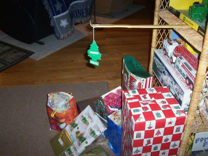 21 dicas genias de como proteger sua árvore de Natal dos animais de estimação 9