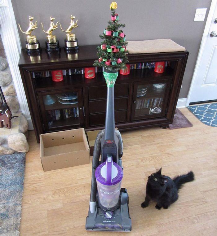 21 dicas genias de como proteger sua árvore de Natal dos animais de estimação 15