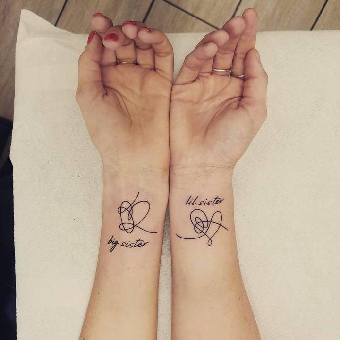 39 ideias lindas para tatuagens para irmãs e melhores amigas 9