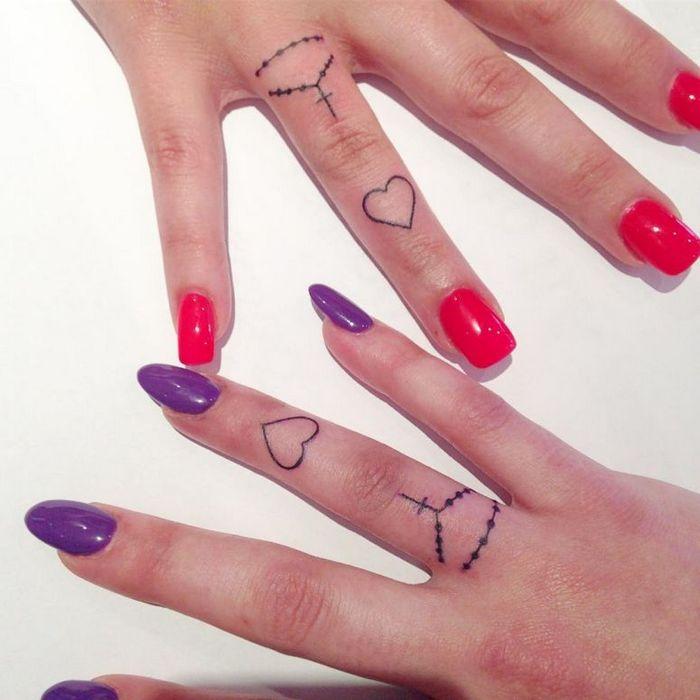 39 ideias lindas para tatuagens para irmãs e melhores amigas 27