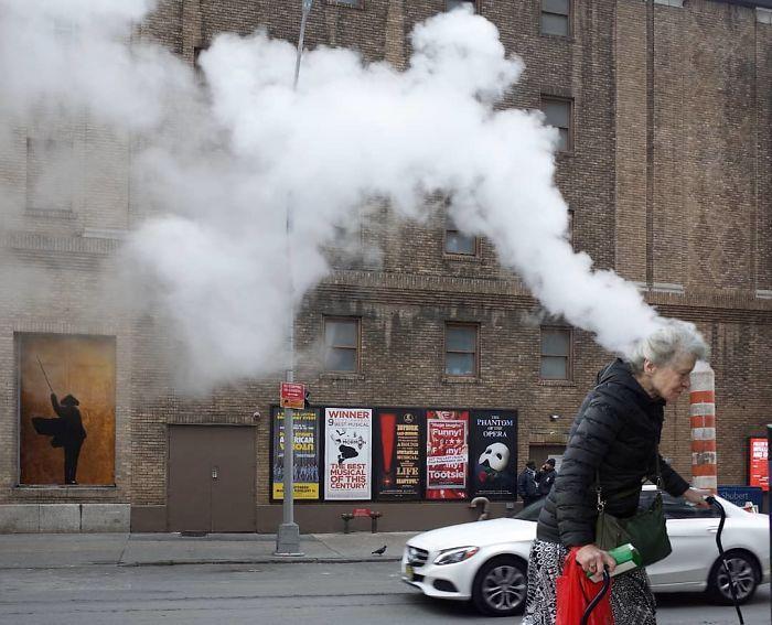 Fotógrafo de rua captura fotos divertidas e aqui estão 30 das melhores 31