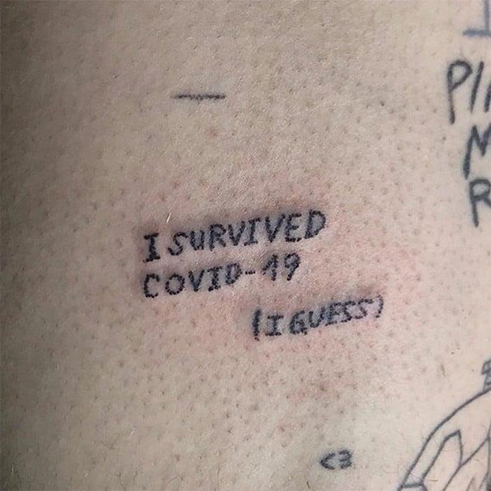 Algumas pessoas estão fazendo tatuagens inspiradas no covid-19 (21 fotos) 12