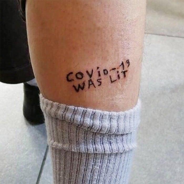 Algumas pessoas estão fazendo tatuagens inspiradas no covid-19 (21 fotos) 16