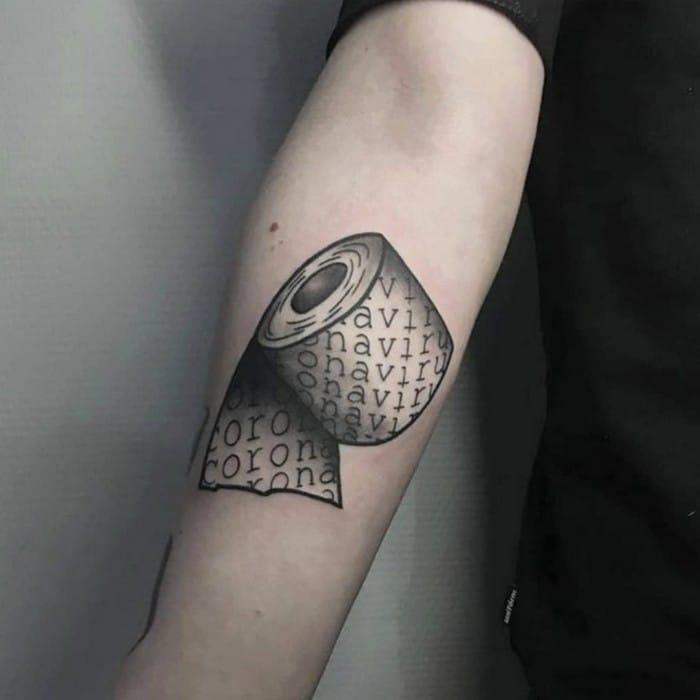 Algumas pessoas estão fazendo tatuagens inspiradas no covid-19 (21 fotos) 18
