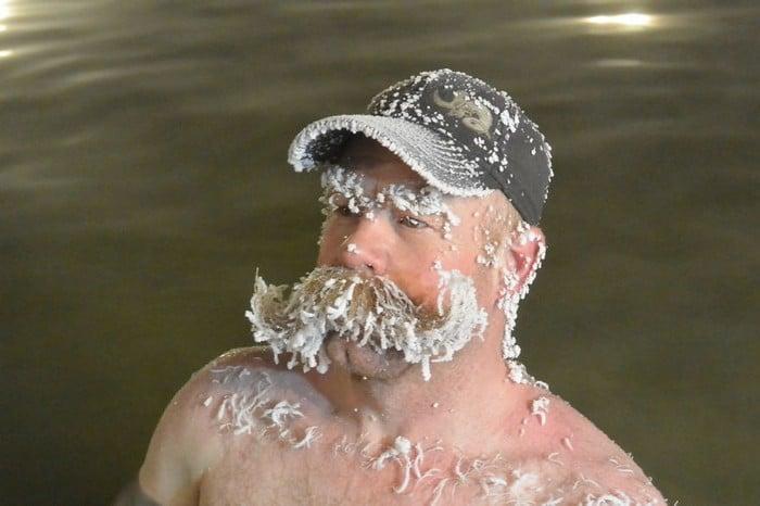 O Canadá tem uma competição anual de congelamento de cabelos e as fotos deste ano são loucas (35 fotos) 6