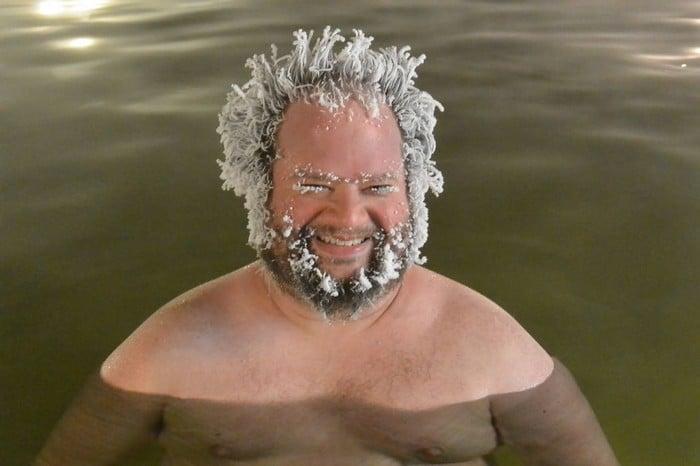 O Canadá tem uma competição anual de congelamento de cabelos e as fotos deste ano são loucas (35 fotos) 12