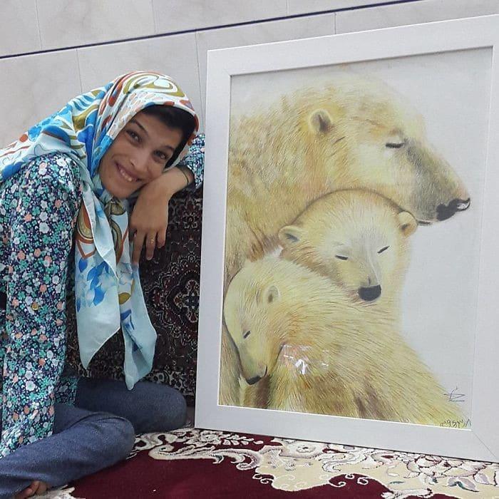 35 retratos incríveis desta artista iraniana com deficiência que usa apenas o Pé 10
