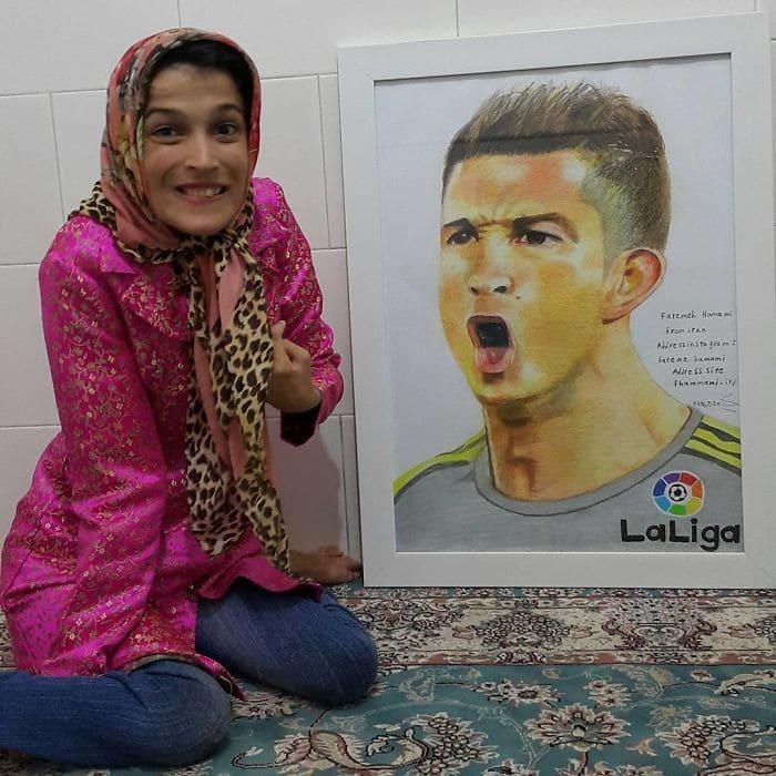 35 retratos incríveis desta artista iraniana com deficiência que usa apenas o Pé 15