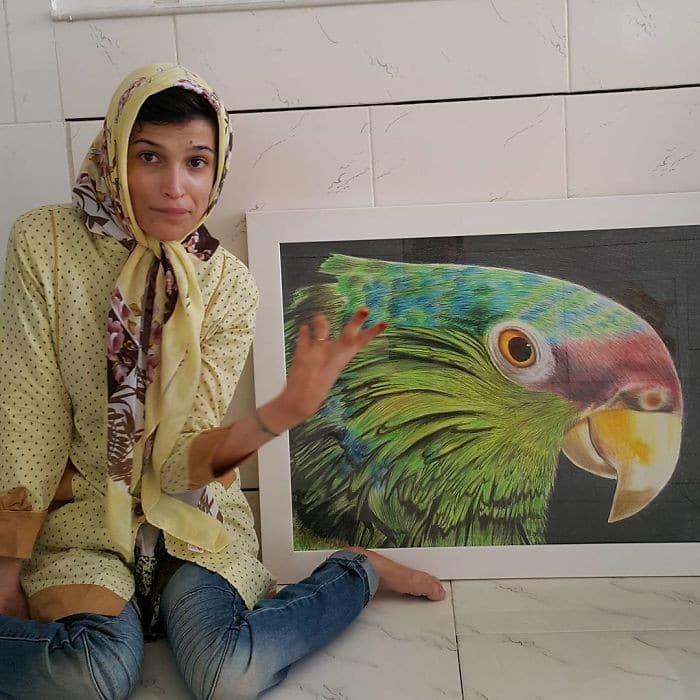 35 retratos incríveis desta artista iraniana com deficiência que usa apenas o Pé 20