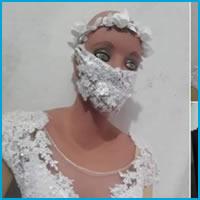 Vestido de noiva com acessório diferenciado