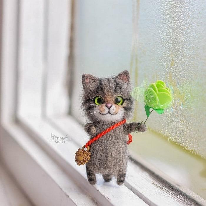 Artista russa cria gatinhos de feltro que parecem ter saído de um conto fada (32 fotos) 21