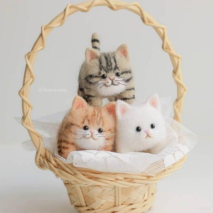 Artista russa cria gatinhos de feltro que parecem ter saído de um conto fada (32 fotos) 23
