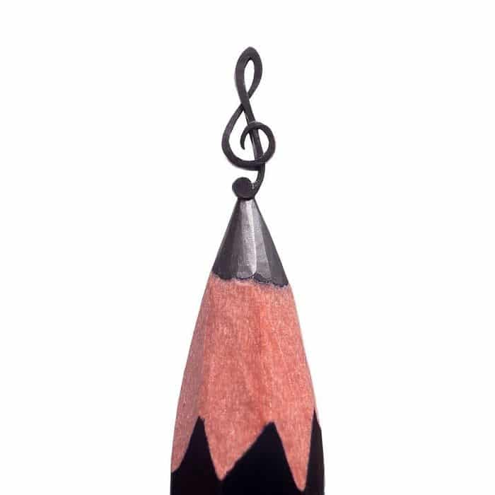 Este artista cria impressionantes esculturas minúsculas no lápis (34 fotos) 11