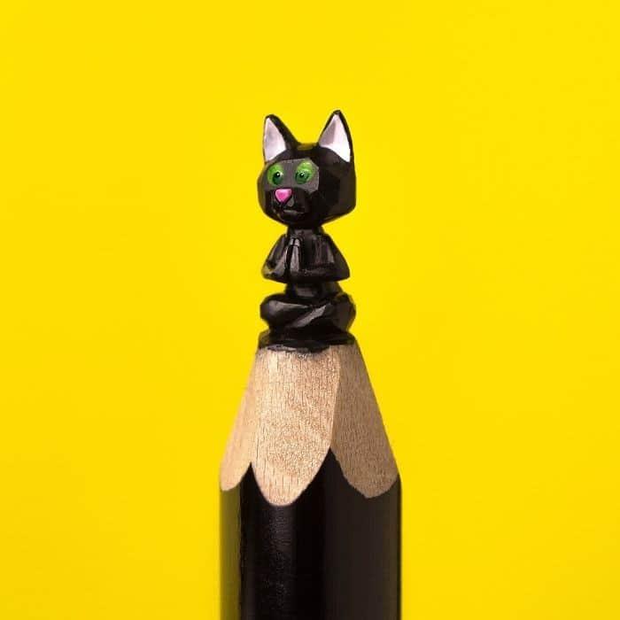 Este artista cria impressionantes esculturas minúsculas no lápis (34 fotos) 25