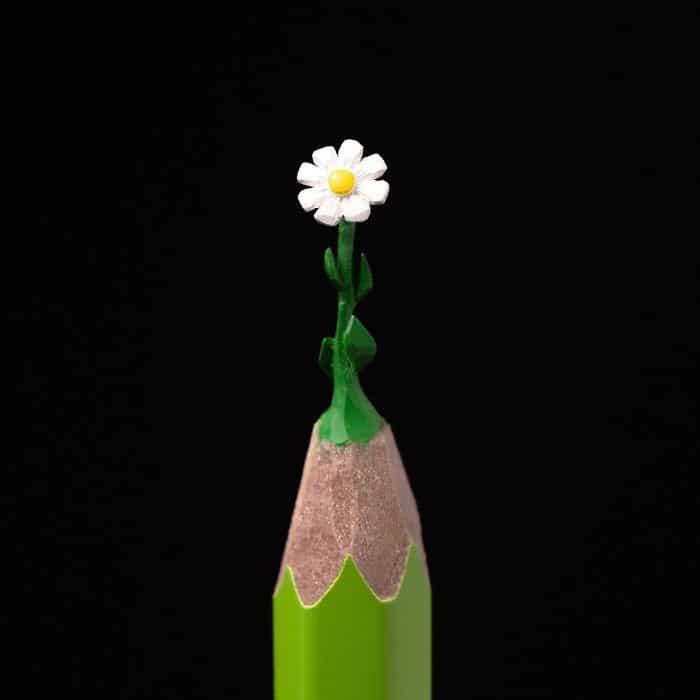 Este artista cria impressionantes esculturas minúsculas no lápis (34 fotos) 26