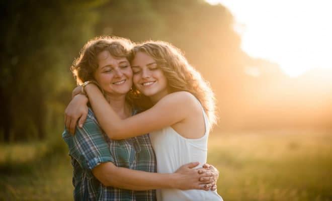 50 frases de amor para homenagear sua mãe