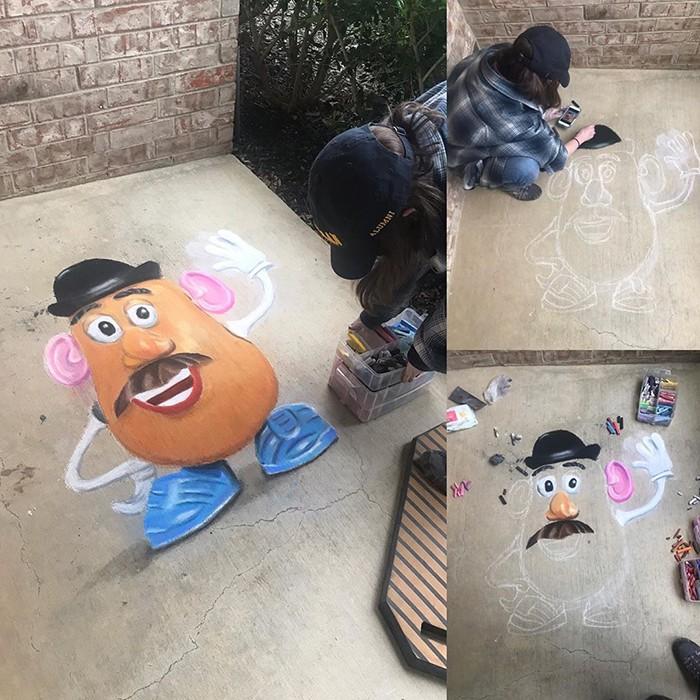 Mãe e filha de 13 anos cria desenhos de giz em 3D impressionantes na calçada do bairro (20 fotos) 15