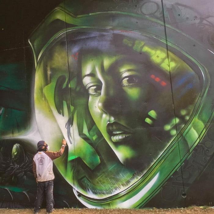 Artista de rua francês pinta grafite de criatura 3D (43 fotos) 9