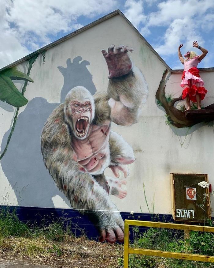 Artista de rua francês pinta grafite de criatura 3D (43 fotos) 27