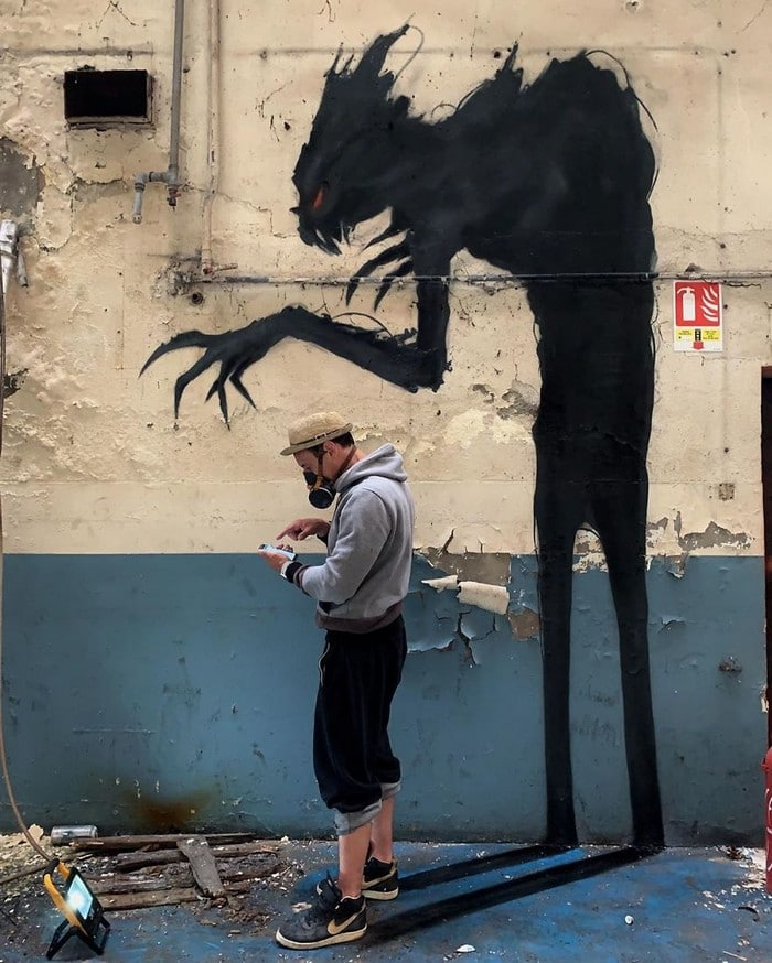 Artista de rua francês pinta grafite de criatura 3D (43 fotos) 28