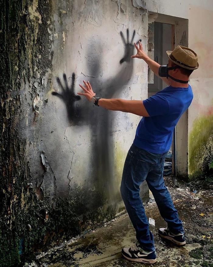 Artista de rua francês pinta grafite de criatura 3D (43 fotos) 36