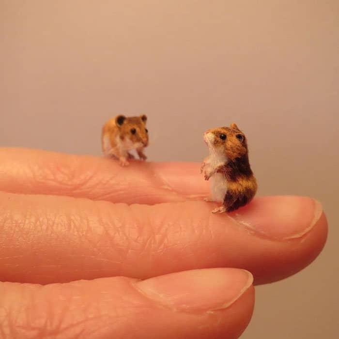 40 animais em miniatura criados pelo renomado artista Fanni Sandor 14