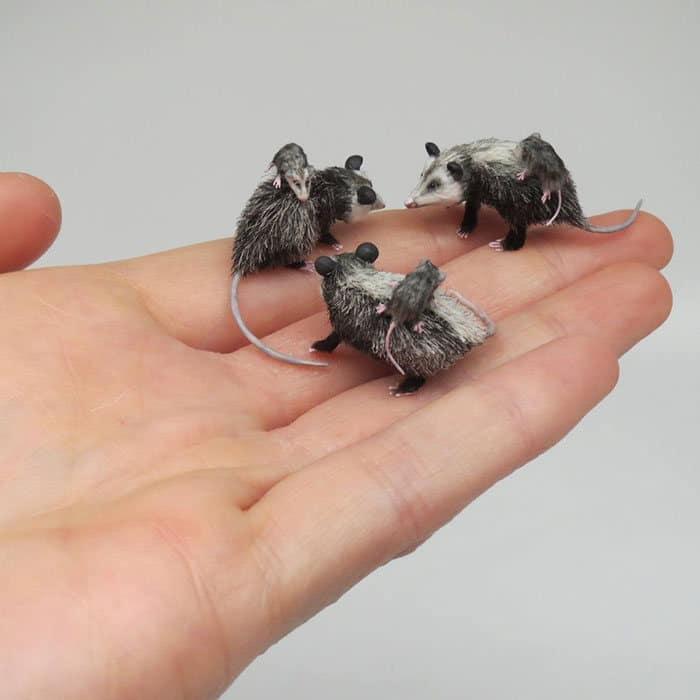 40 animais em miniatura criados pelo renomado artista Fanni Sandor 32