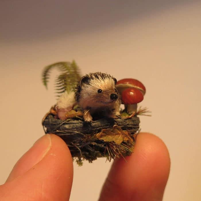 40 animais em miniatura criados pelo renomado artista Fanni Sandor 33