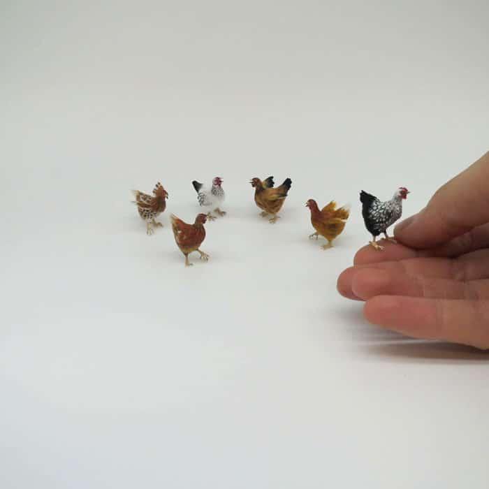 40 animais em miniatura criados pelo renomado artista Fanni Sandor 34