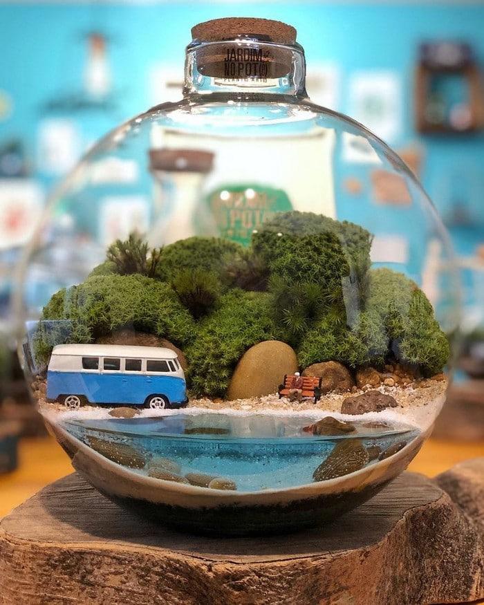 Artistas criam mundos minúsculos em recipientes de vidro (42 fotos) 2