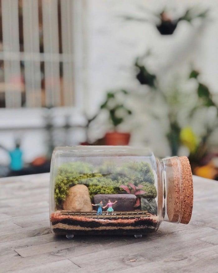 Artistas criam mundos minúsculos em recipientes de vidro (42 fotos) 12