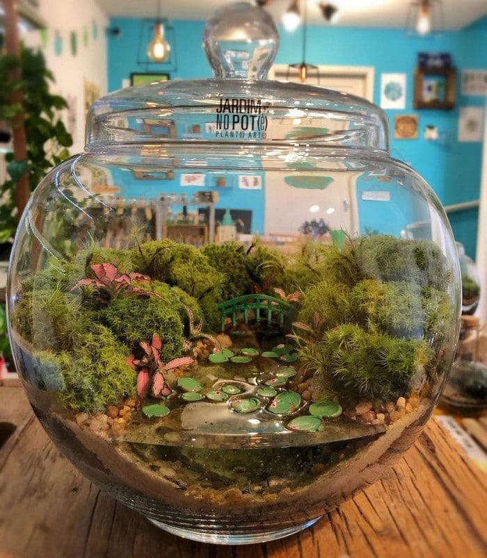 Artistas criam mundos minúsculos em recipientes de vidro (42 fotos) 21