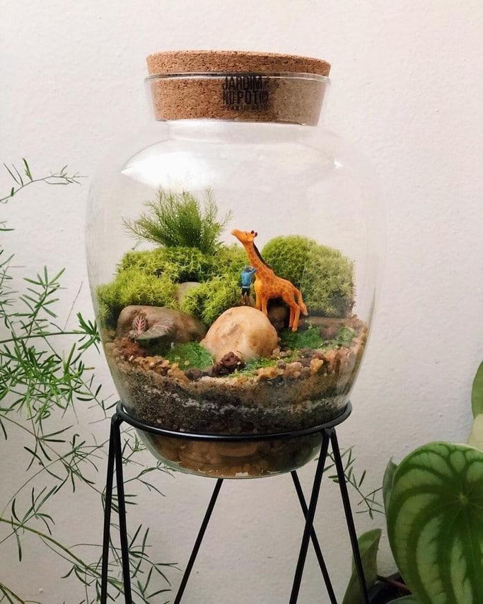 Artistas criam mundos minúsculos em recipientes de vidro (42 fotos) 25